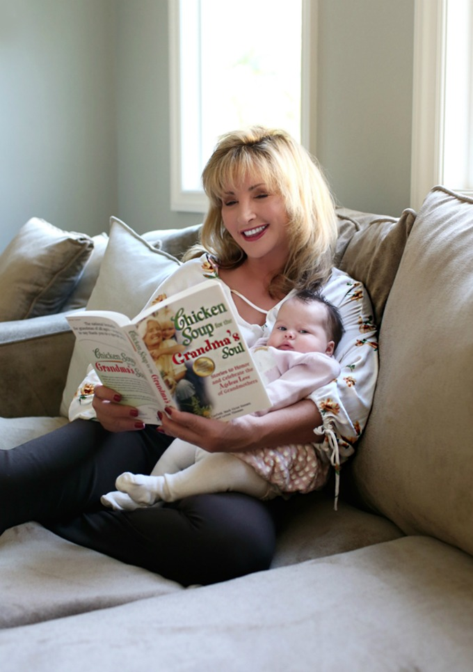 Early reading is important for your child's development. Use these tips to get your child interested in reading at an early age.