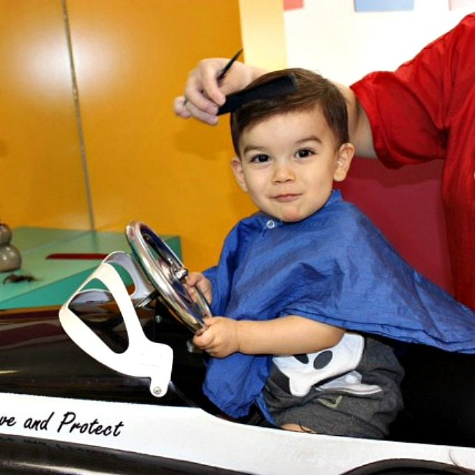 Whether you decide your child's haircut should be within the first year of life or many years after, I highly recommend finding the nearest children's salon, so that both you and your child can have a nice experience.