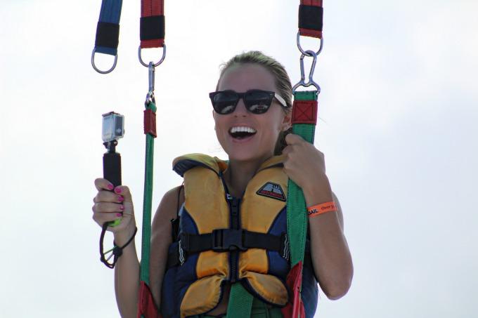 Jessica parasailing