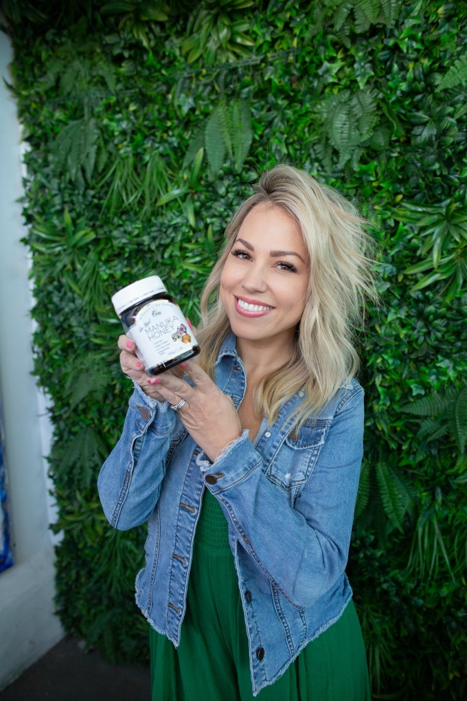Jessica Hall holding Manuka Honey