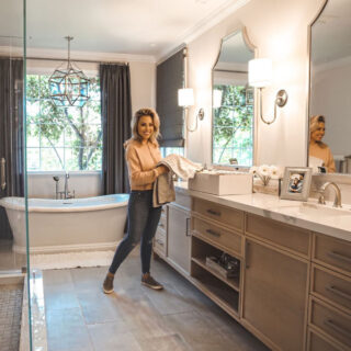 Jessica Hall Bathroom
