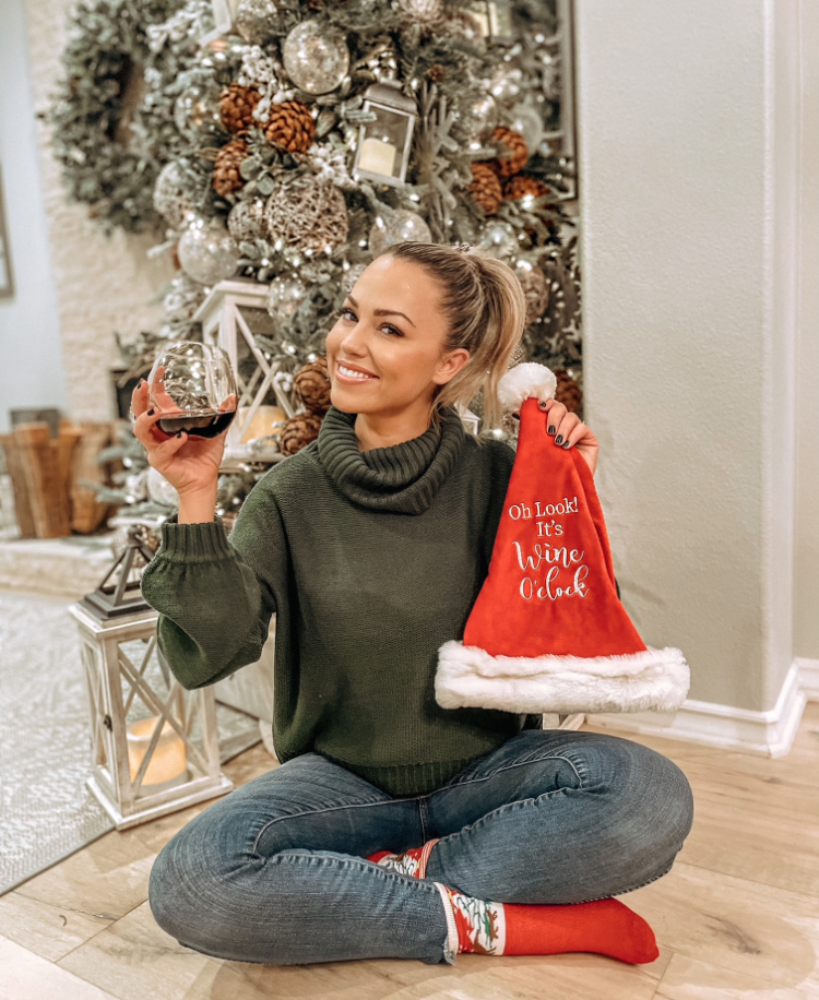 Jessica Hall Christmas Feature on EOnline