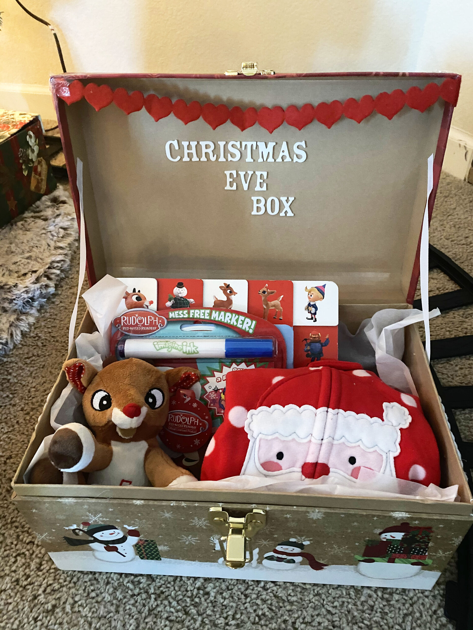 christmas even gift box with reindeer