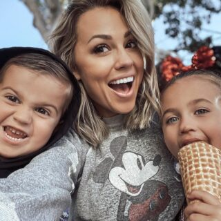 Jessica Hall and kids eating ice cream.